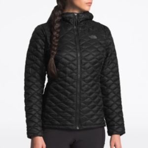 The North Face ThermoBall Insulated Hoodie - W